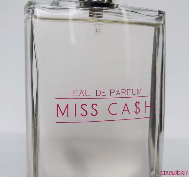 parfum-oia-miss-cash-women