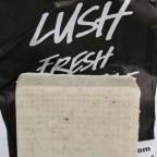 Le beurre corporel Copacabana de Lush, pour exfolier, hydrater et kiffer... tout ça en même temps !