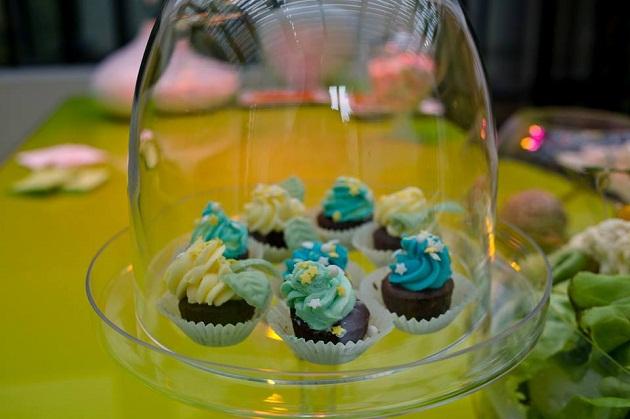 petits-cupcakes-gateaux-gourmandises-poulette-party