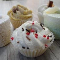 mes-petits-douceurs-savons-en-forme-de-cupcakes-et-gateaux-sucres-pour-un-bain-gourmand-7